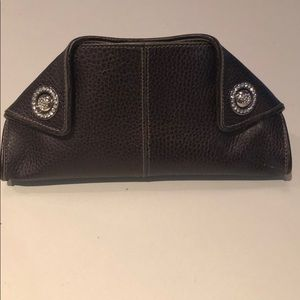 d422a67399ea TOD S Brown Evening Clutch